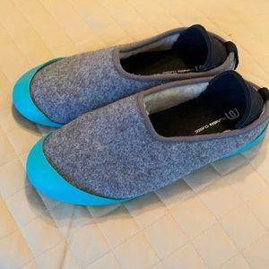Mahabis shoe/slipper on excellent condition
